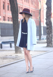 Blue Coat and Burgundy Hat06
