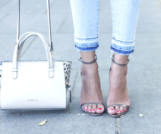 white-off-the-shoulder-sweater-jeans-acosta-bag-heels-outfit-style18